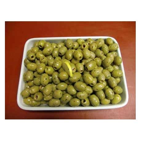 Oliven grün ohne Kerne pikant eingelegt mit Knoblauch